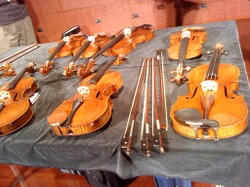 Priceless_violins_of_the_chi_mei_co